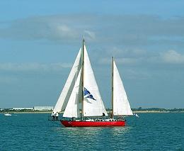 Click image for larger version  Name:Joshua Sailing 800px-Joshua_(1).jpg Views:94 Size:95.9 KB ID:97731