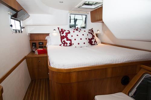 Click image for larger version  Name:Antares 44i Catamaran master.jpg Views:96 Size:54.0 KB ID:98363
