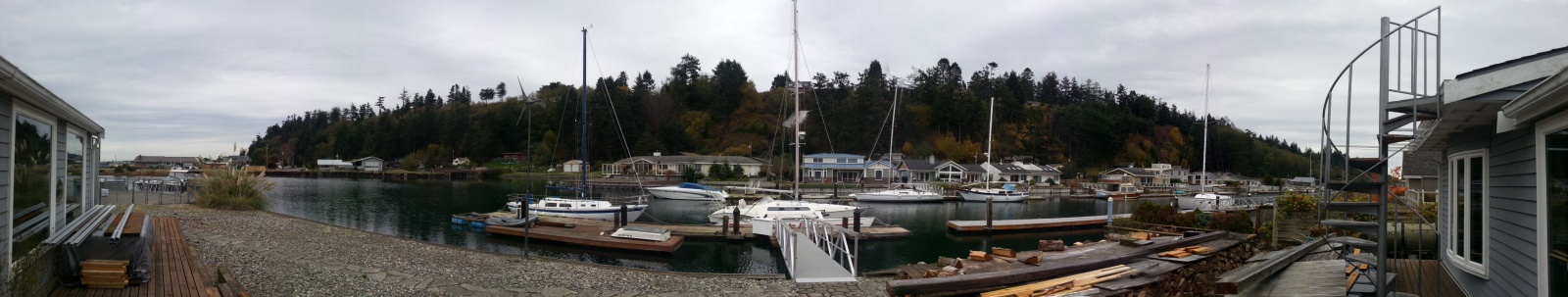 Click image for larger version  Name:Wide Angle Dock.jpg Views:66 Size:187.6 KB ID:99139