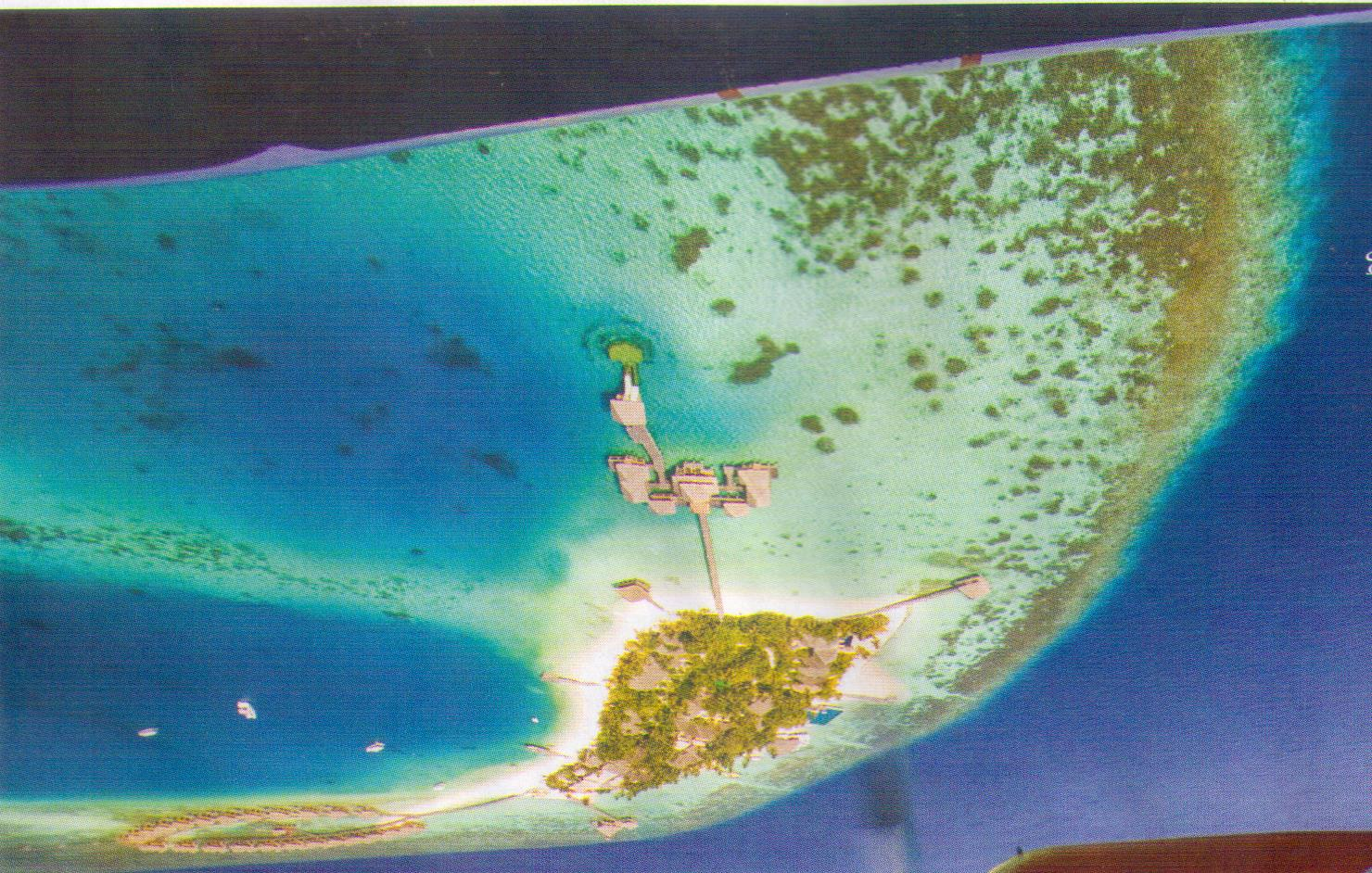 Click image for larger version  Name:Maldives resort.jpeg Views:62 Size:334.2 KB ID:99981